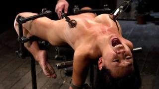 Schmerz Porno-Videos